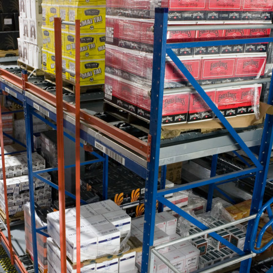 Pallet Flow Racking Supports Pallets of Beverages