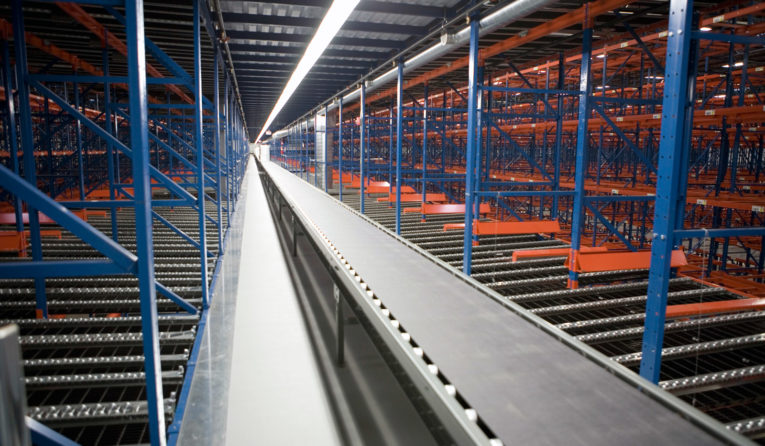 A Frazier Pick Module featuring Pallet Flow racking.