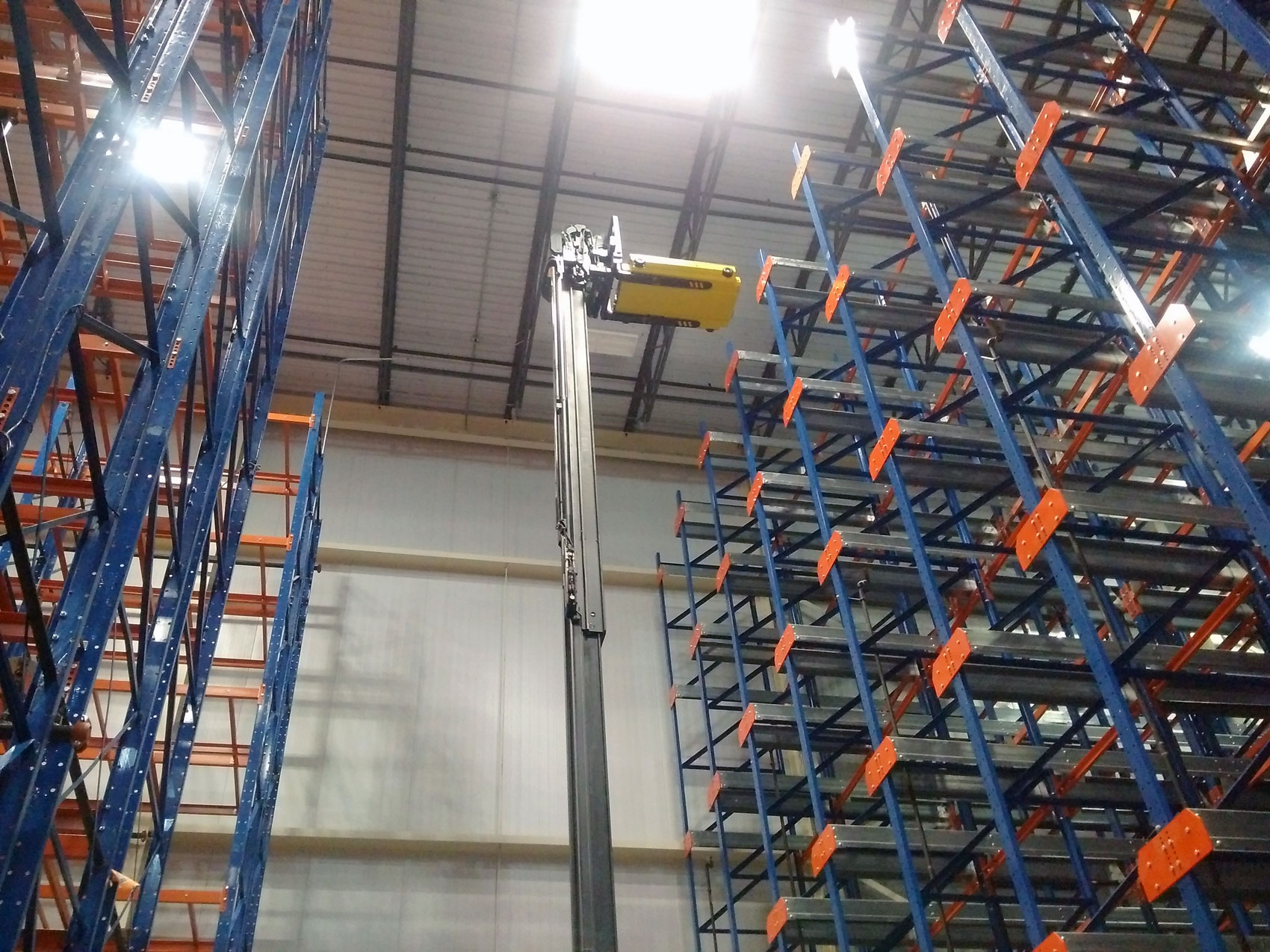 A Frazier Pallet Mole® application storing pallets seven positions high.