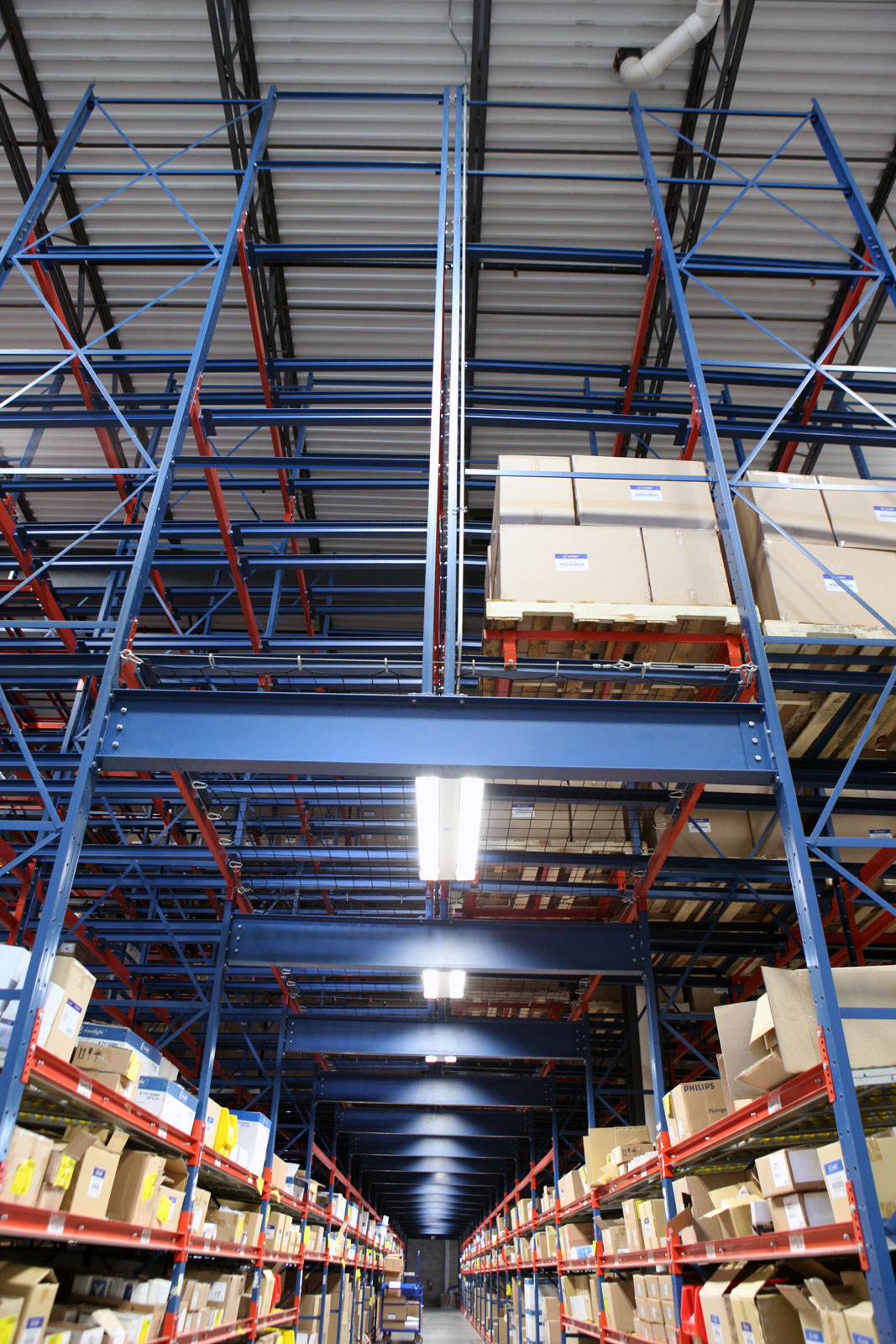 Pick Tunnel with overhead Glide-In Push Back racking storage
