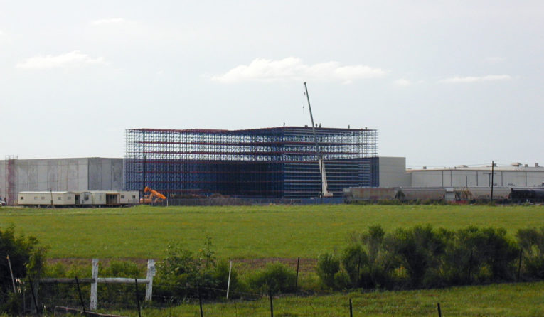 A Frazier AS/RS Rack Supported Building under construction.
